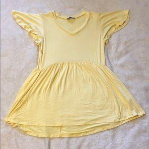 Light yellow top